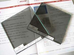 防輻射玻璃