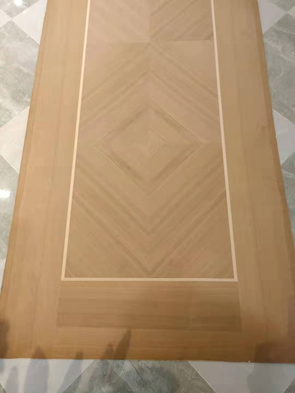 麥格利加白櫸木皮拼花門板