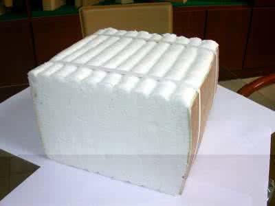 選用盛陽陶纖模塊作爐襯材料具有以下特點優