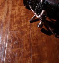 12MM手抓纹封蜡防水强化地板
